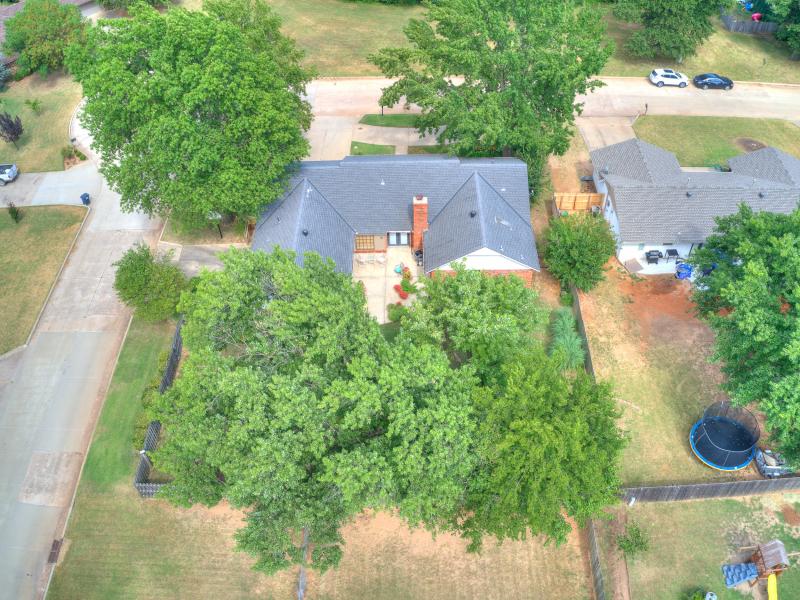 14-beckley-aerial-back-yard