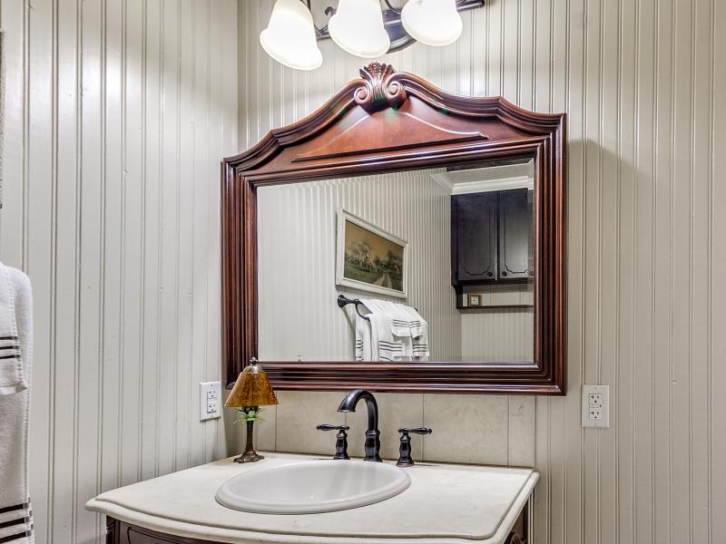 14-beckley-bathroom-vanity
