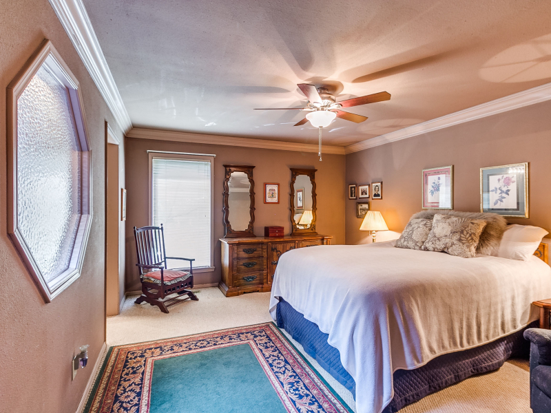 14-beckley-master-bedroom-1