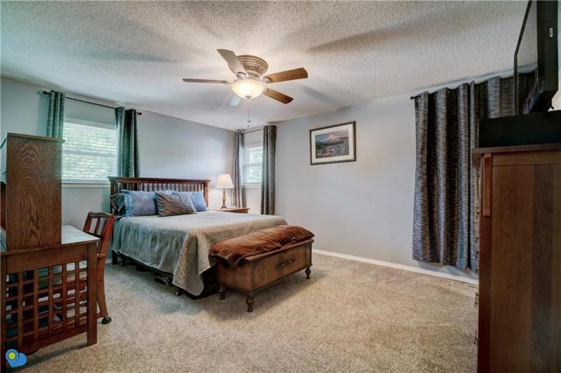 2-turkey-knob-shawnee-ok-master-bedroom