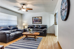 2105-n-mckinley-ave-shawnee-ok-living-room