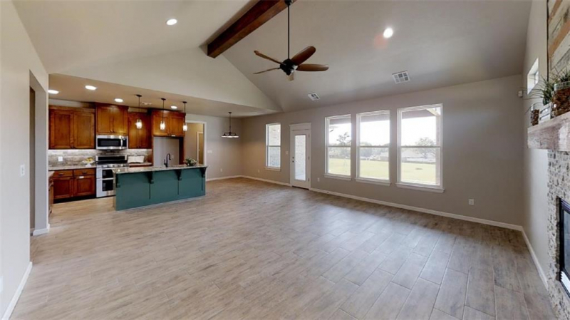 5009-chauncey-ln-shawnee-ok-living-room-kitchen-dining