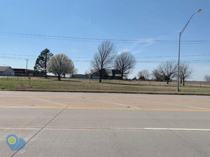 5110-north-harrison-interstate-40-shawnee-ok-74804-front-view