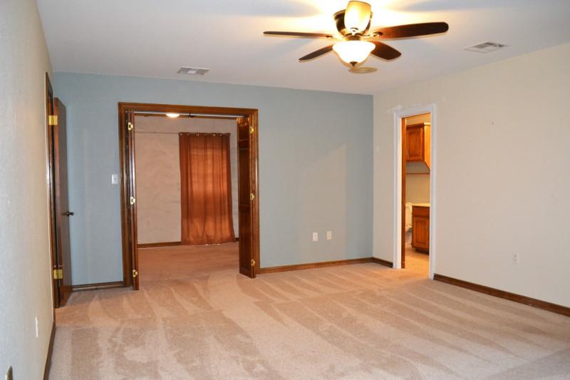 6-janeway-pl-shawnee-ok-master-bedroom-adjacent-office