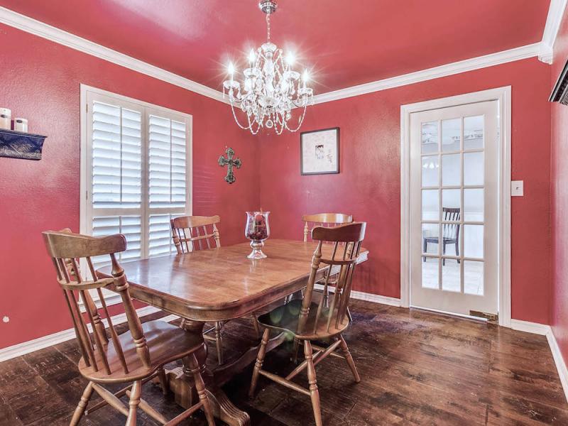 60_Northridge_Road-dining-room