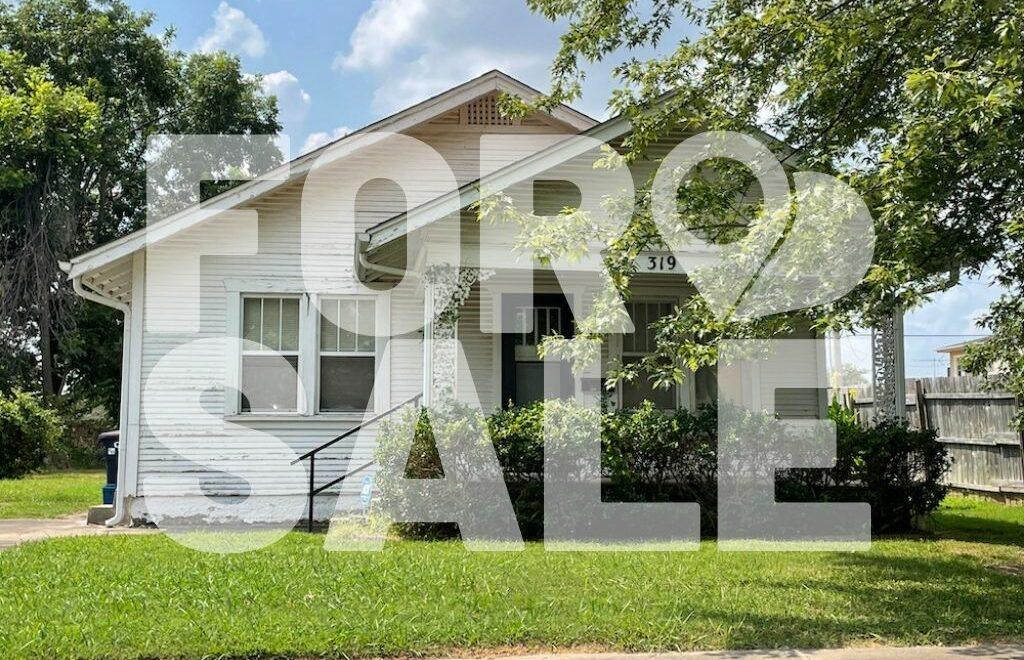 319 W. Georgia St, Shawnee, OK 74804 is for sale